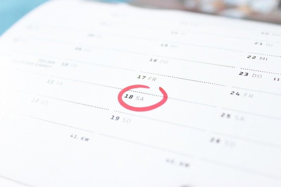 Picture of a calendar with date circle